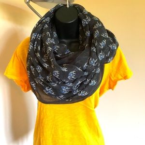 Accessories - Elephant scarf